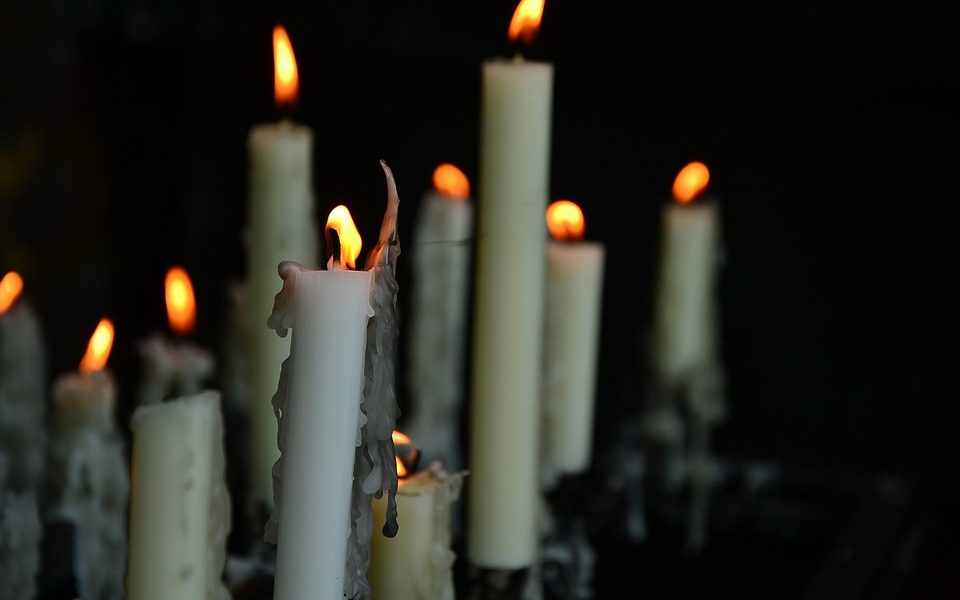 candles-1969611_960_720